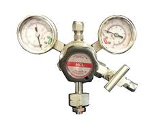High pressure piston type cylinder regulator