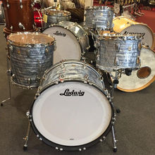 New Ludwig Classic Maple 13 16 22 Blue Pearl Drum Set