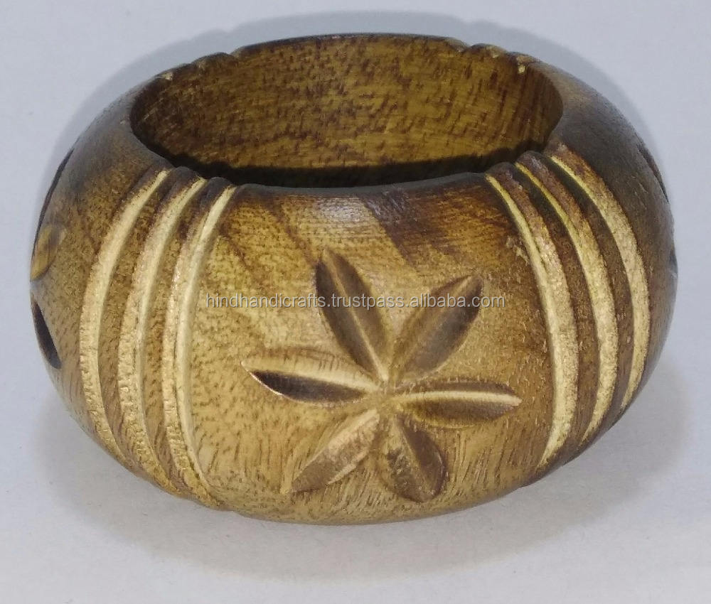 Handmade mango wooden napkin holder rings with carved design and shiny polished finish