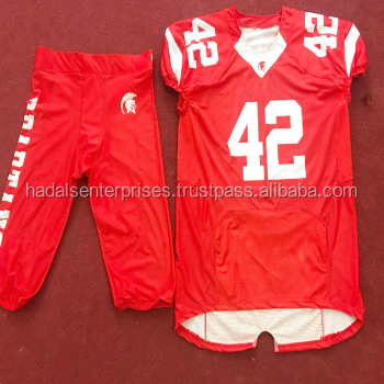 ropa de futbol americano en españa