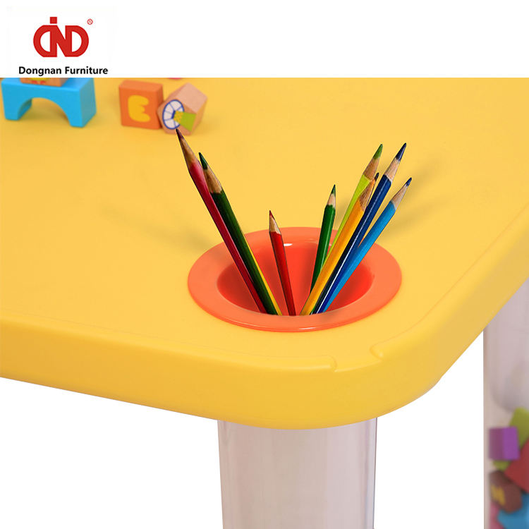 One-Stop Service Kids Plastic Table 2020 Hot Sales Preschool Kids Kindergarten Strong Waterproof Stable Transparent Leg Plastic Children Table