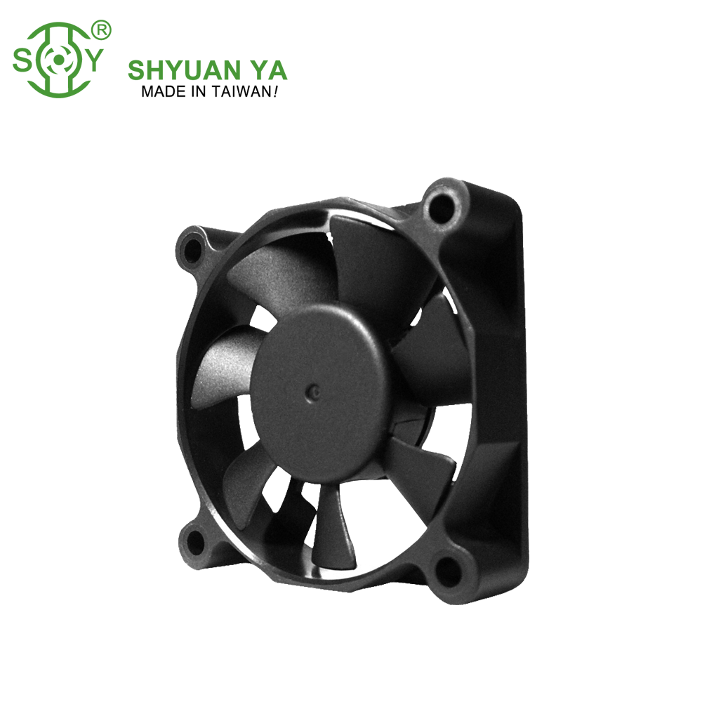 Smc cfm 24 v BLDC 12 v Brushless DC Fan 60x60x15