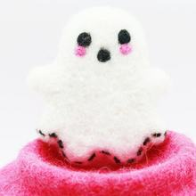 Halloween Spooky Ghost Hot Selling Design-2019 Wool Felted Model Hand-felted Product by Nepalese Artisans Eco-friendly NZ Wool