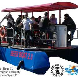BEER BOAT PARTY