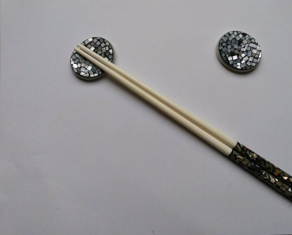Mother of Pearl Oval Chopstick Rest
