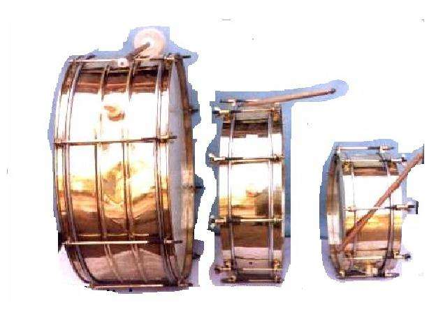 Brass drum in mirror polish and three sizes