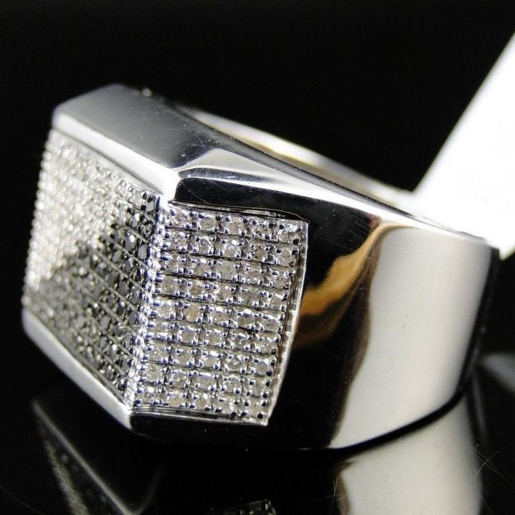 Mens 14 18k White Gold Natural BlackとWhite Diamond Pinky Fashion Band Ring 1.80 Carat
