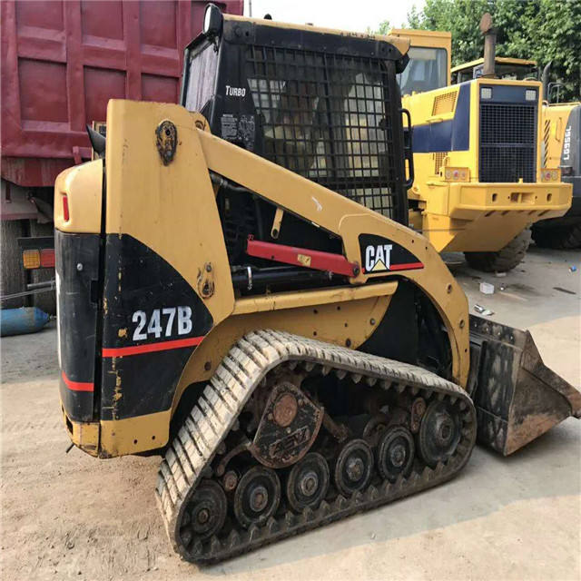 Used cat 247B skid steer loader, mini loader cat 247d made in Japan