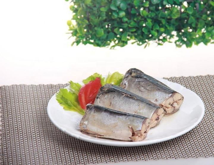 Canned sardines/mackerel/tuna fish/canned fish food