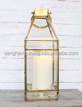 HOLIDAY DECORATIVE GOLDEN LANTERN