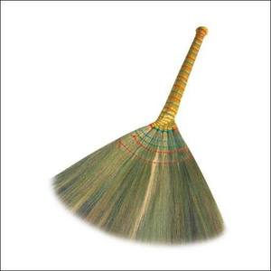 GRASS BROOM GRASS BRUSHES/ NATURAL GRASS/ STRAW BROOM