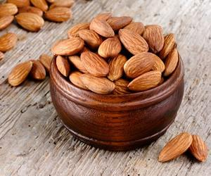 100% Grade A Almond Nuts / Raw Natural Almond Nuts / Organic Bitter Almonds