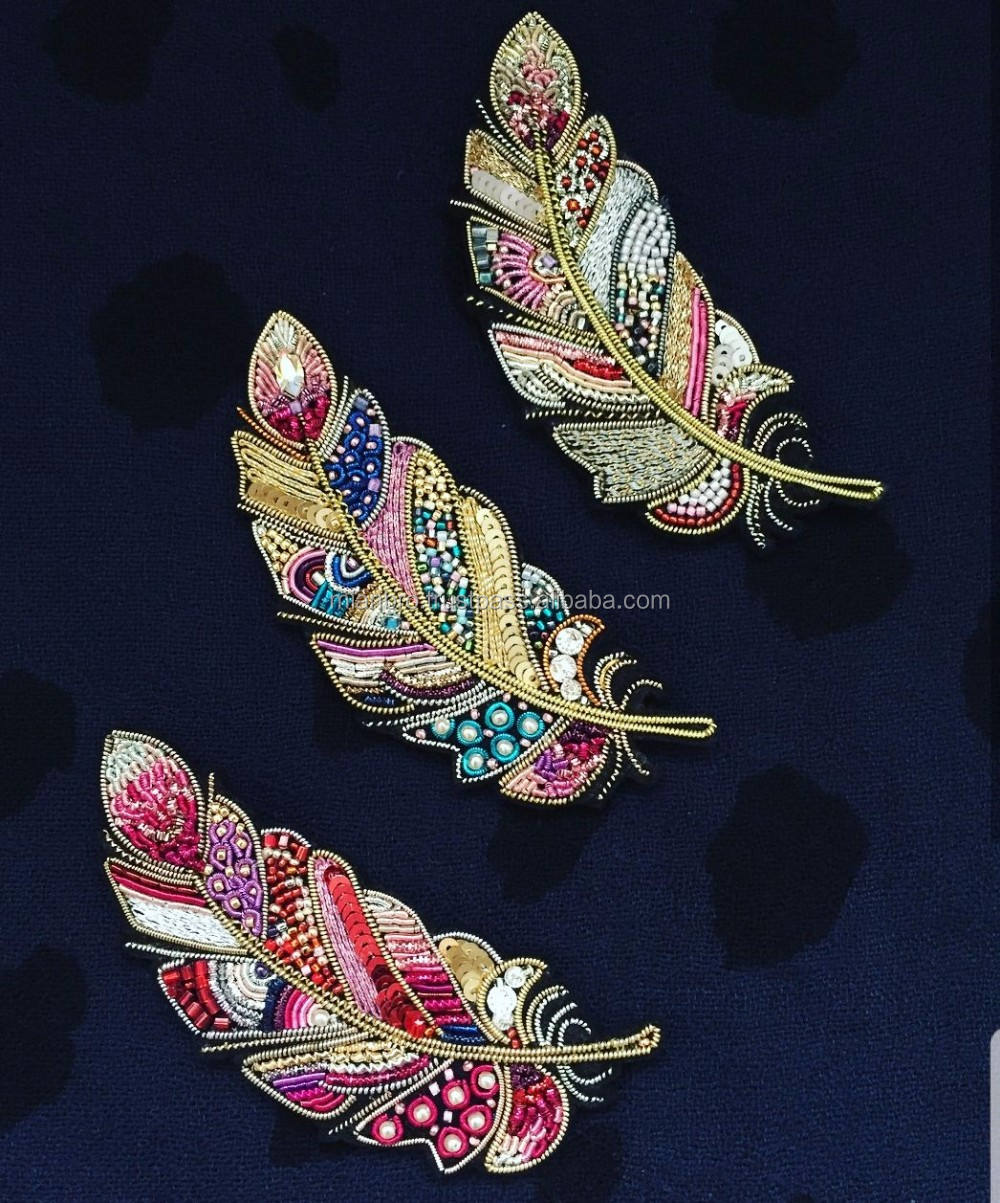 Custom Multi Color Bullion Wire Hand Embroidery Pin Badges/Patches for clothes garments OEM