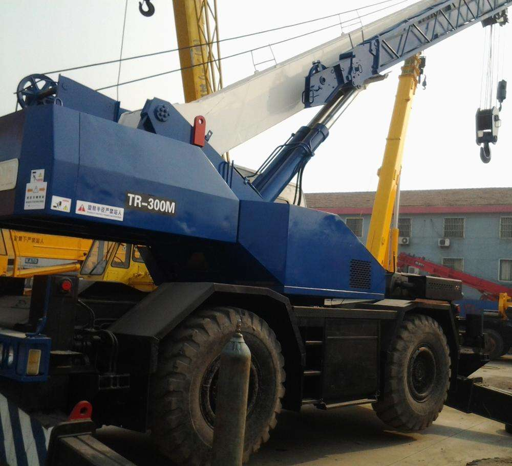 Used Mobile Crane TR300M Rough Terrain Crane 30t from Japan