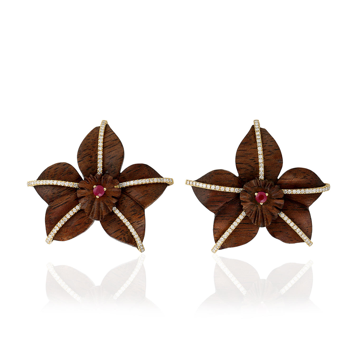 18kt Yellow Gold Beautiful Flower Design Stud Earring Pave Diamond Indian Ruby Wood Jewelry