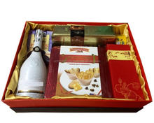 Premium-Quality Christmas Gift Set - Christmas Village Wholesale