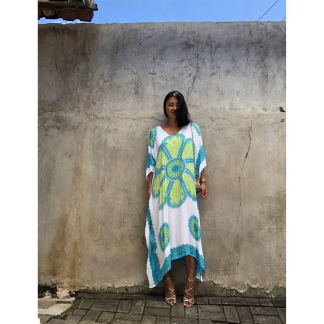 Newest fashionable collection printed mandala kaftan loose fitting night wear beach cover up Digital print kaftan