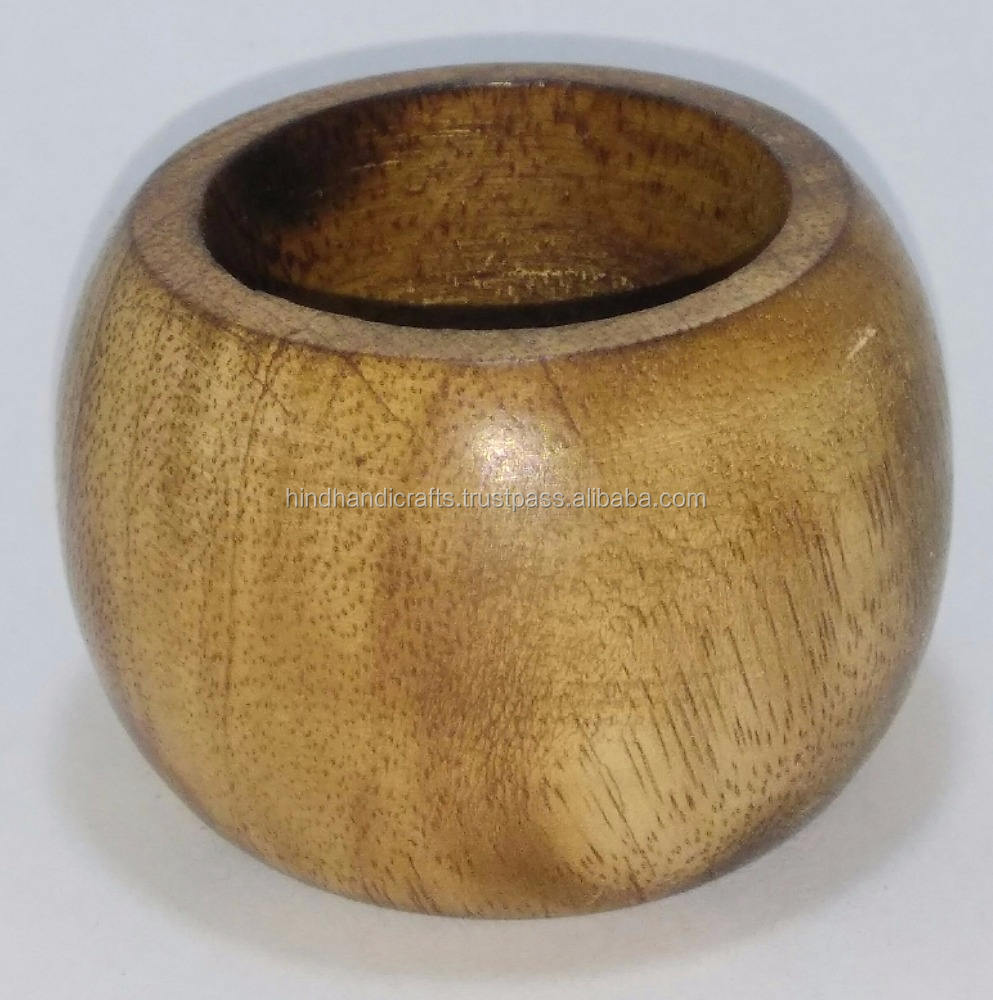 Wooden Napkin Rings made up of Mango Wood with shiny polished finish with cheap prices