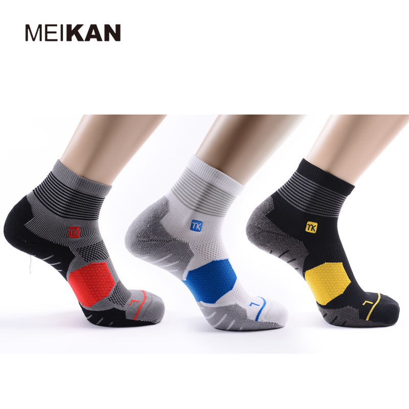 MEIKAN Custom Design your own Non Slip Sports Running Compression Wholesale Basketball Socks Men
