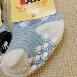 Wholesale best selling Guangzhou baby clothes cotton fancy anti slip baby socks
