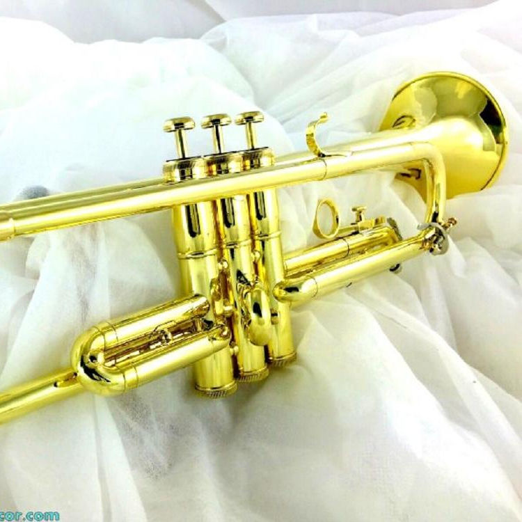 AAA QUALITY SOUND! BRASS Bb FLAT TRUMPET OLD SPECIAL, Good Playing trumpet Polished brass, 1953 NICE.... L.A. !