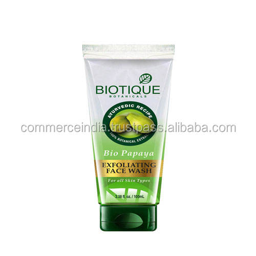 Biotique Bio-Papaya exfoliante lavado de cara-100 ml