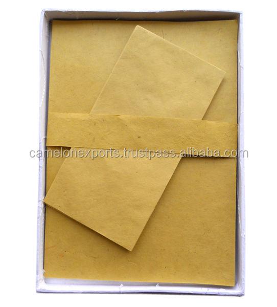 Lokta papel hecho a mano carta escritura <span class=keywords><strong>Oficina</strong></span> <span class=keywords><strong>papelería</strong></span> <span class=keywords><strong>conjunto</strong></span> con el color blanco bordado carta box set