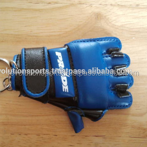 keychains mma gloves/miniboxing at wholesale prices customized for your brand promotion or team logo/country flag