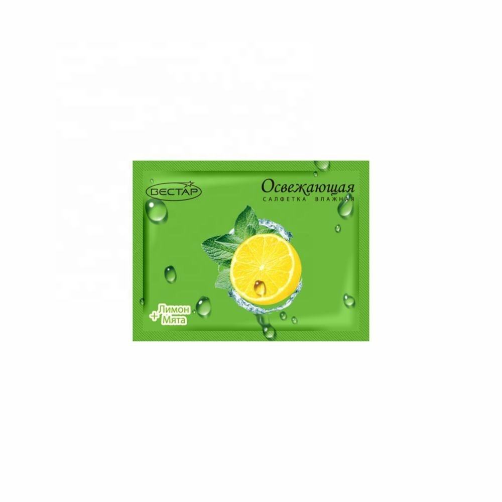 Wet wipe in individual packaging (sachet) Lemon+Mint