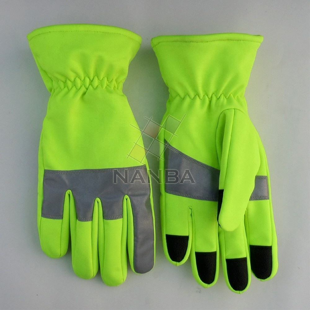 Traffic Control Gloves With Reflective Tape