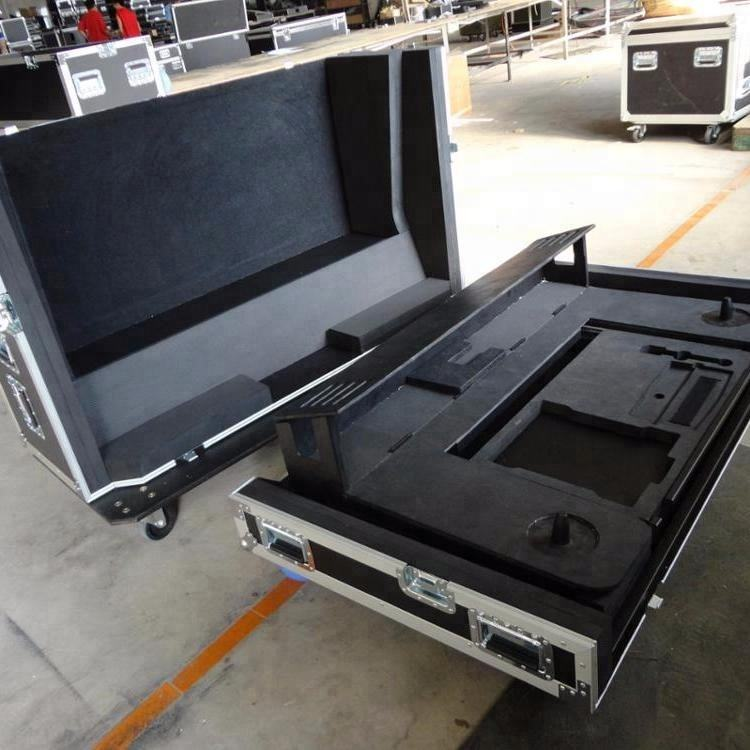 Mixer cases - Universal 19 inch Mixer Case with Rack Rails (Fits Most 19 inch Rackmountable Mixers)