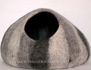Handmade Felted Cat Caves House Pet Beds For Cats And Kittens 100% New Zealand Wool from Nepal
