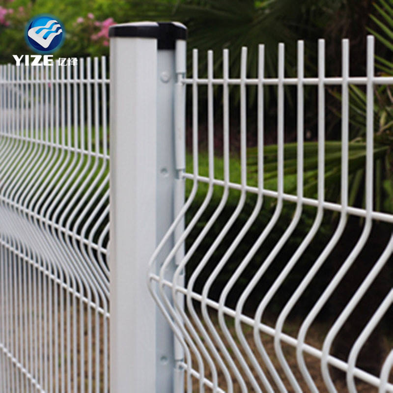 china supplier white pvc coated welded wire mesh fence/welded wire fence mesh 5x5/wire mesh fence fasteners