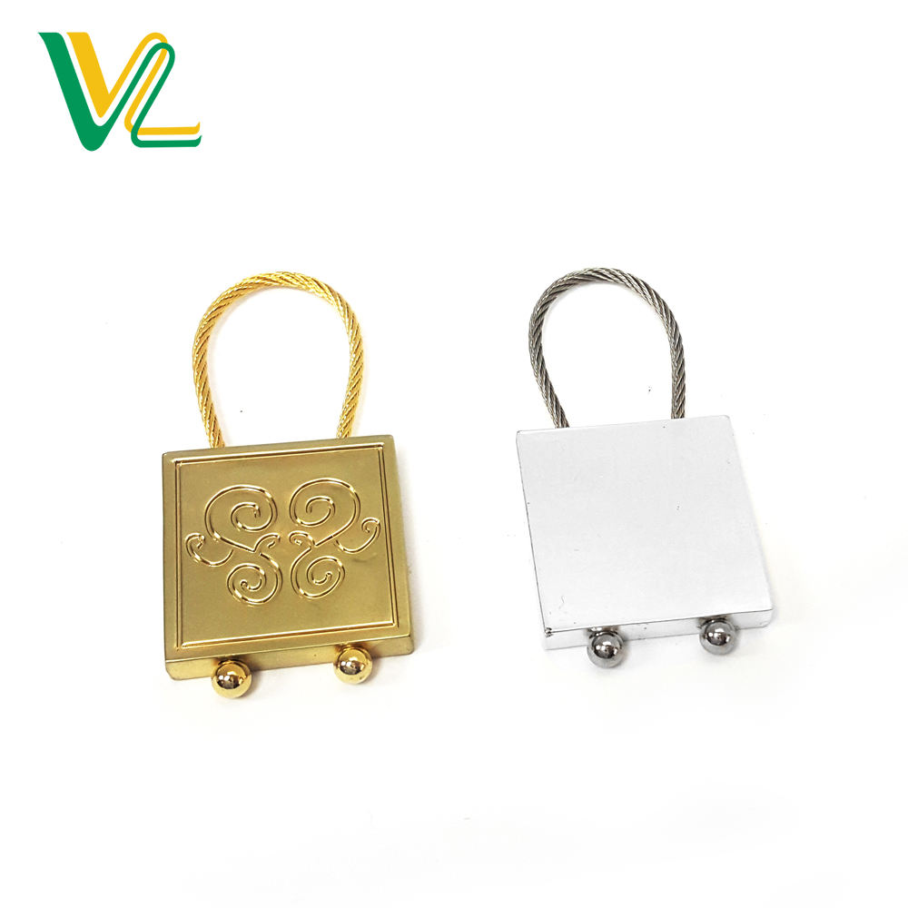 China Factory Reasonable Price Zinc Alloy Recessed Pattern Wire Key Ring Key Chain For Decoration