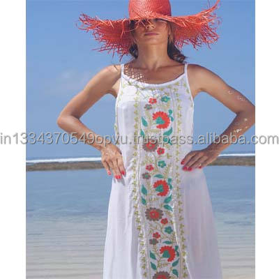 New Arrival Boho Ethnic Indian Designs Loose Fit Ball Gown Long Frill Dress Beach Sexy Back Less Embroidered Women Maxi Dress