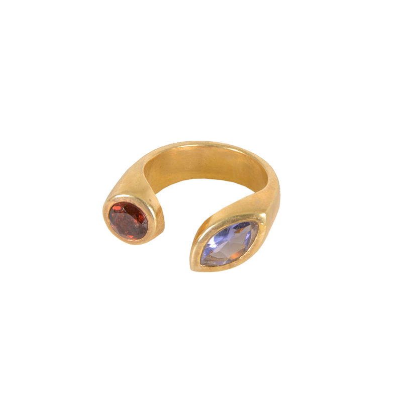 Contemporary Jewelry 925 Sterling Silver Gold Plated Two Stone Garnet and Amethyst Ring