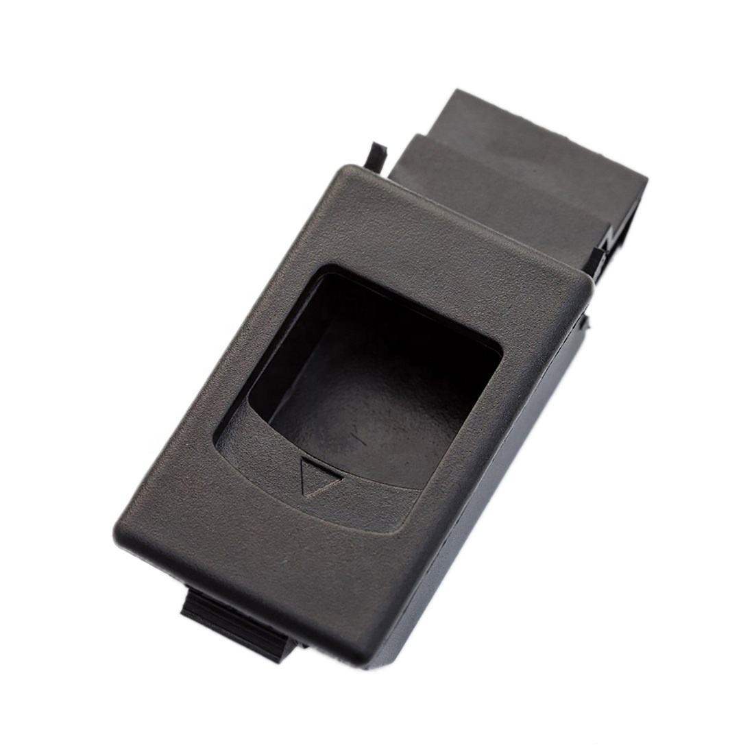 LM-725 Small plastic slam latch for Replacement Side Panel