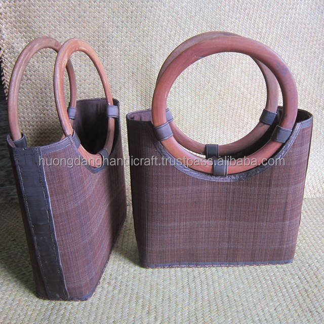 Violet Bamboo handbag with round bamboo handle