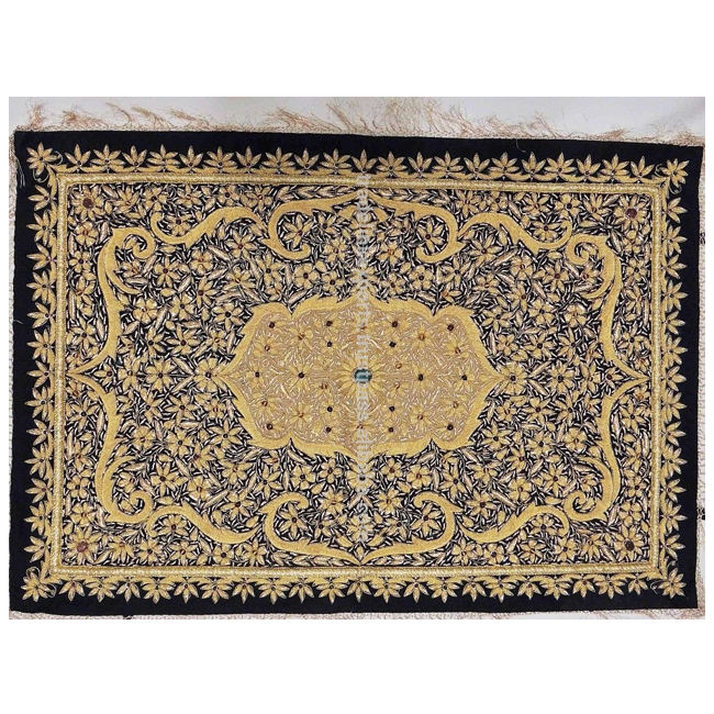 100% Buatan Tangan Zari Bordir Jewel Carpet