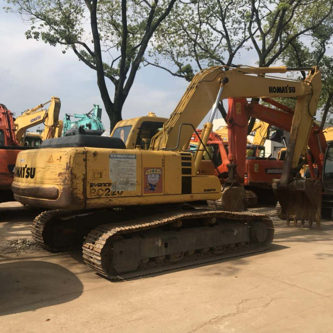 High quality used komatsu pc200 excavator with good condition