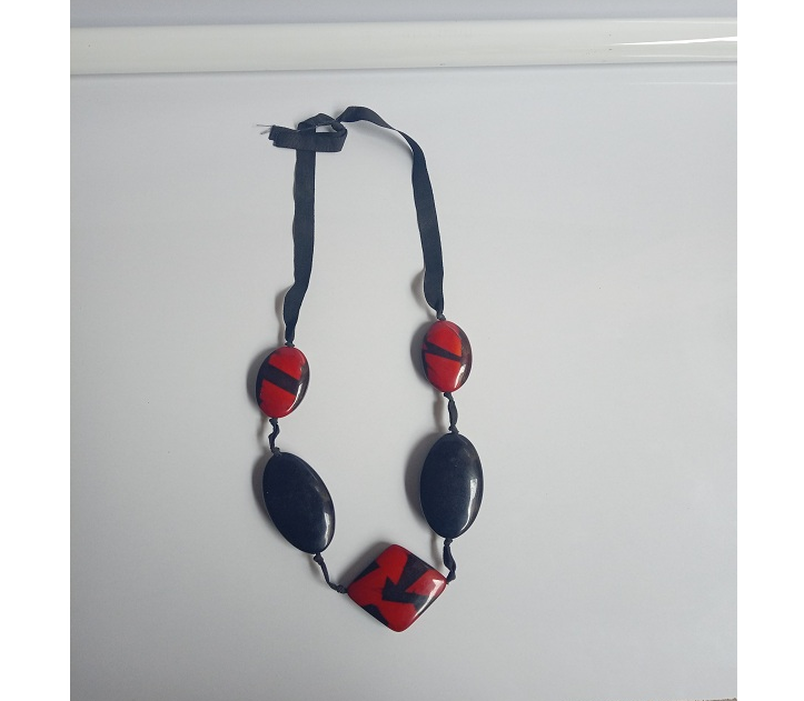 Premium Quality Red Black Beaded Necklace for Women
