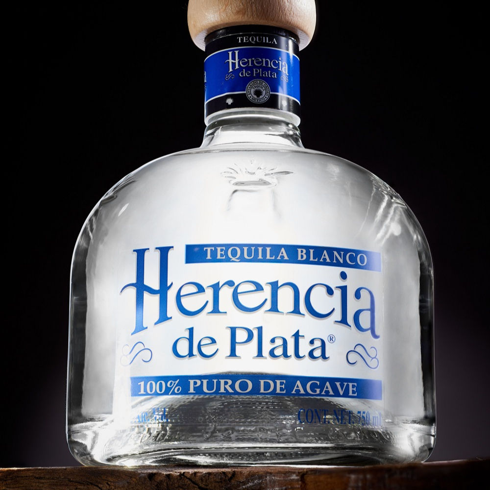HERENCIA DE PLATA SILVER. TEQUILAS DEL SENOR, Producers since 1943. Silver Medal in San Francisco World Spirits Competition 2020