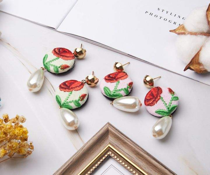 Elegan Bordir Mawar Anting-Anting Mutiara Indah Anting-Anting