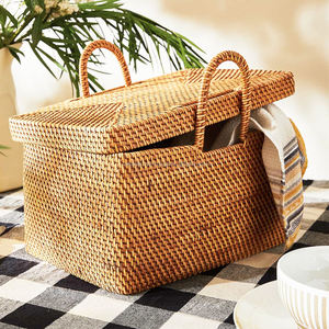 Rattan Picnic Basket with a lid and side / Storage Hand Basket Wholesale