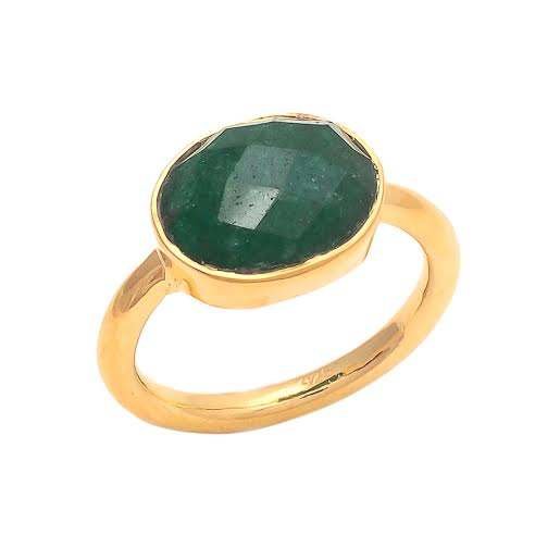 Dyed Emerald Gold Wedding Rings