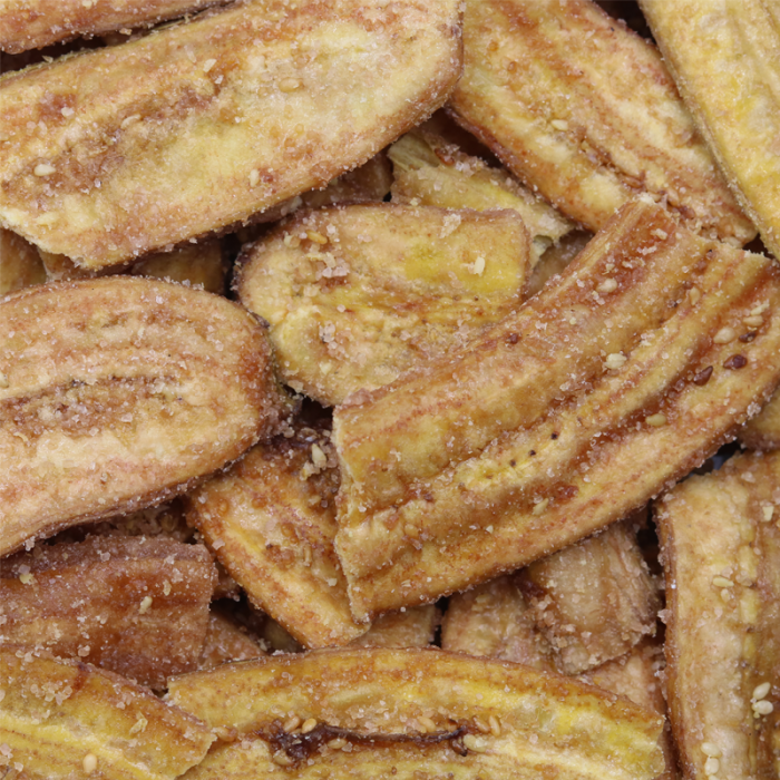 Banana chips with sesame seeds