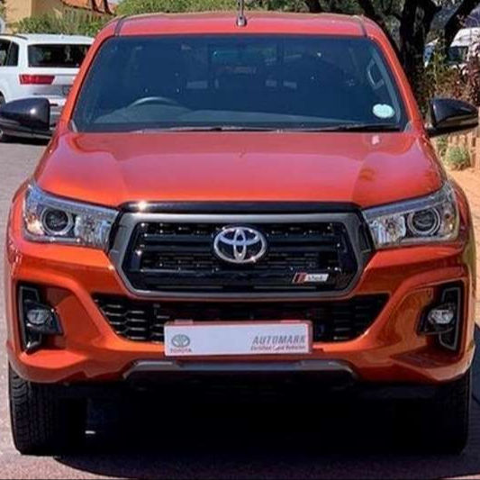 Auto usate <span class=keywords><strong>toyota</strong></span> <span class=keywords><strong>hilux</strong></span> <span class=keywords><strong>diesel</strong></span> pick-up 4x4 doppia cabina disponibile