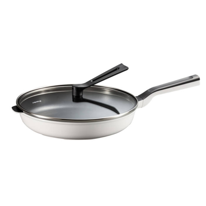Versatile and durable percetly-balanced frying aluminium induction non-stick frying pan RHF-501 white