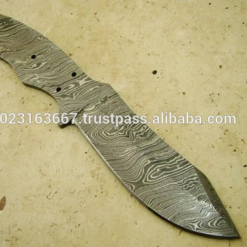 Handcrafted Damascus Steel Blank Blade Knife for Resalers
