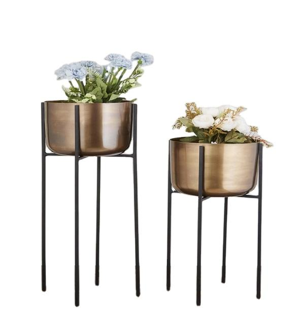 Nordic Creative Home Decoration Sukkulenter Metall-Blumen-Pflanz gefäß mit Metallst änder Porto Matte Copper & Black 2021 India